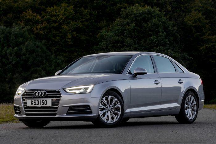Cégautó: háziverseny VW-konszern módra. költségvetéstől függően. Ha kevés a pénz, jó lesz a Skoda Superb. Ha akad, az Audi A3 Limousine a nyerő. Ha nem akadály, vegyél Audi A4-est. A What Car? szerint a három közül az utóbbi a legjobb opció.