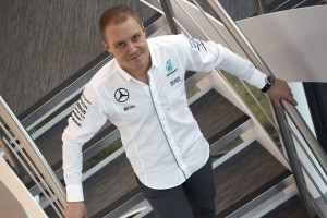 F1: Bottas azonnal hívta a Mercedes-főnököt