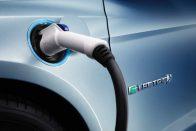 Elektromos és hibrid modellek garmadája jön a Fordnál