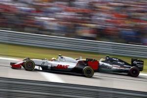 F1: Labdába sem rúgnak idén a kisebb csapatok?