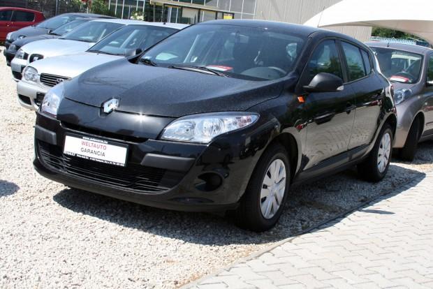 1,3 millió forintba kerülnek a 2009-es autók közül a legolcsóbbak