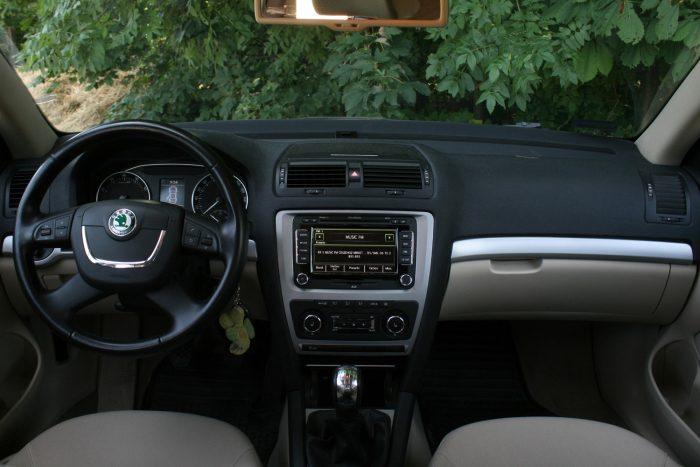 Jó a minőségérzet a belső térben, minden jó helyen van, az Octavia átgondolt autó