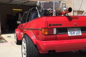 Őrületes középmotoros Golf eladó, amcsi V6-ossal