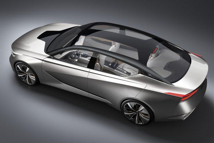Különleges audiorendszert fejlesztett ki a kocsihoz a Bose: 360 fokban, pontosan szabályozható a hang forrása, így alkalmas irányított figyelmeztetések, riasztások megszólaltatására.