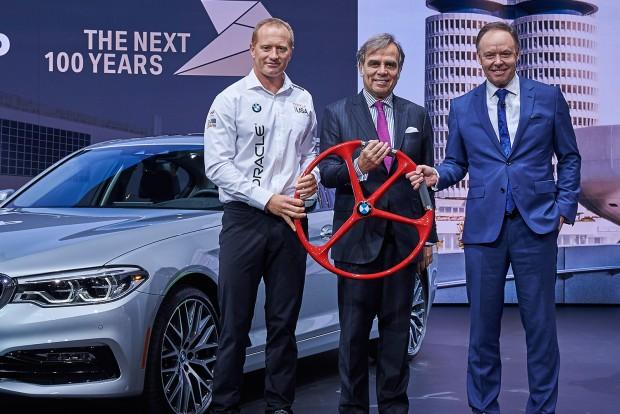 Ilyen BMW kormányt még nem láttál