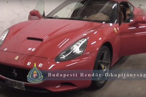Lopott Ferrarit találtak Budán