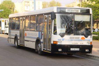 Koros buszokkal szállítanák az utasokat Szeged környékén