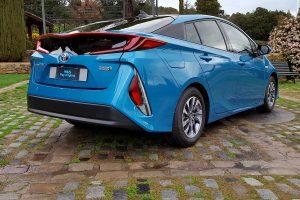 Létezik, megvehető, kipróbáltuk az 1 litert fogyasztó autót