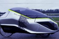 Újjászületett a nyolcvanas évek egyik legfurcsább járműve