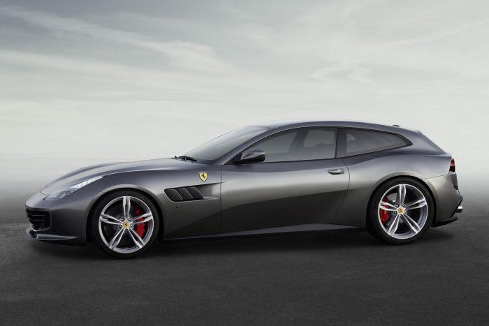Az Aston Martin RB001, a Bugatti Chiron, a Ferrari GTC4 Lusso és a Porsche Panamera közül az olasz csődör győzött.