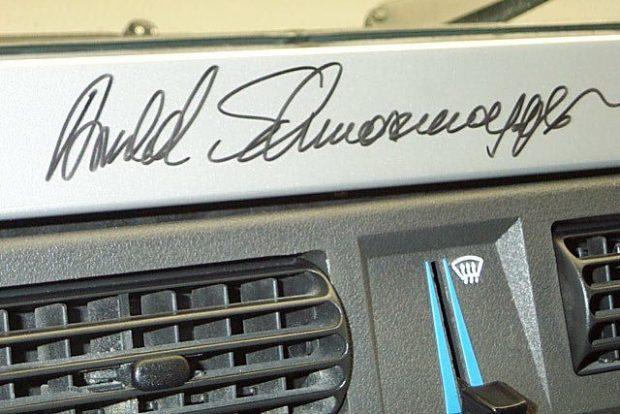 Vedd meg Schwarzenegger terepjáróját