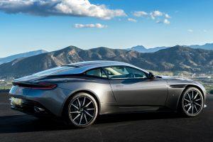 Bajban van az Aston Martin