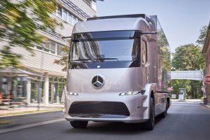 Hamarosan tesztelhetik a Mercedes elektromos teherautóját