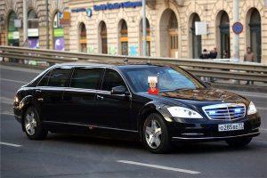 Ez a páncélautó szállíthatja holnap Putyint