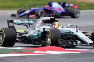 F1: Hosszabb csaták, kevesebb előzés