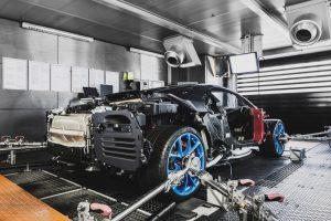 Nézz észbontó képeket a Bugatti Chiron születéséről