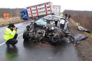 Megrázó fotókon a solti halálos baleset