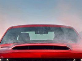 Ordas nagy hűtőnyílást kap a brutális Dodge