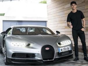 Cristiano Ronaldo meghajtotta az új Bugattit