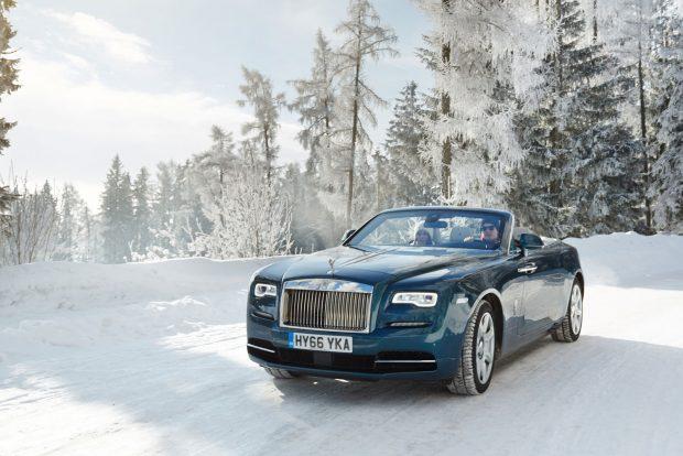 Rolls-Royce a hóban