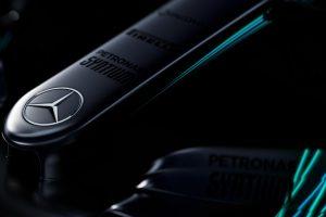 F1: Kukkantsd meg az új Mercedest!