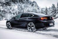 Gigaüzlet lehet a PSA-nak az Opel megszerzése