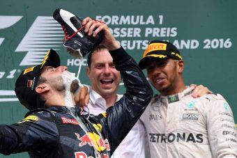 F1: Ricciardo kénytelen újra cipőből inni