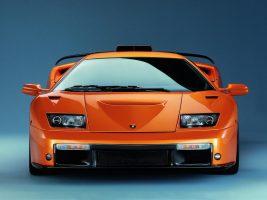 Tényleg Nissan fényszórót használtak a Lamborghini Diablóhoz