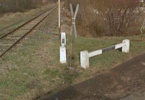 Ilyen vasúti átjáró is csak Magyarországon lehet