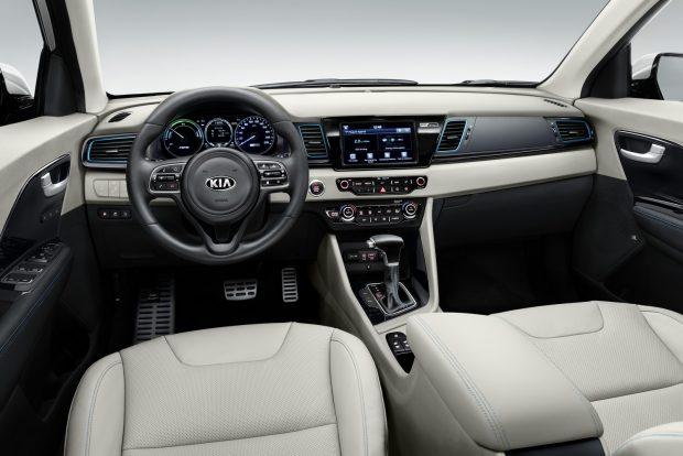 01-Kia Niro PHEV - interior
