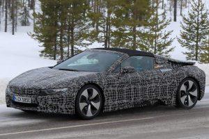 Egy év múlva jön a BMW hibrid roadstere