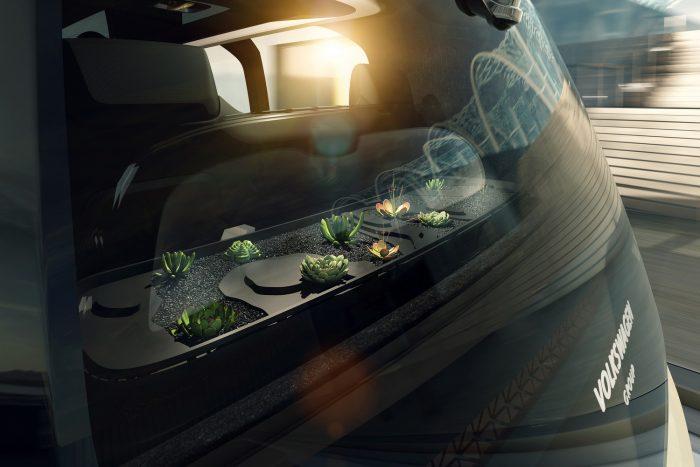 SEDRIC ? Luftreinigende Pflanzen unterstützen die Wirkung von üppig dimensionierten Bambuskohle-Luftfiltern.