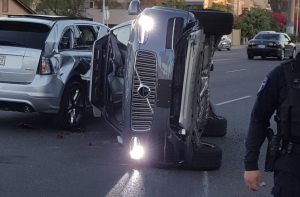 Baleset miatt állítja le az önvezető autók tesztelését az Uber