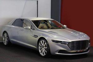 Bukás az Aston Martin méregdrága szedánja