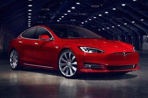 Rekordot döntött a Tesla