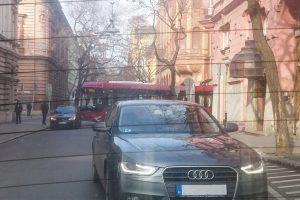 Fotón a nap bicskanyitogató parkolása Szegedről