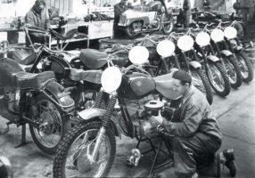 Egy film, amit látnod kell, ha érdekel a hazai motorgyártás sorsa, történelme
