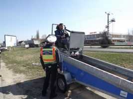Trükkös masinát vetett be a rendőrség, cél hogy végre mindenki kösse be a biztonsági övet
