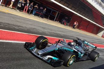 F1: Csoda történt, elromlott a Mercedes