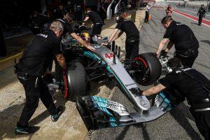 Lauda: A Ferrari gyorsabb a Mercedesnél