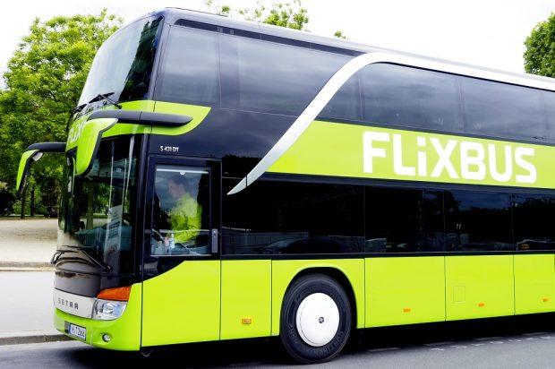 Zöld buszok bújtak meg a Google térképén