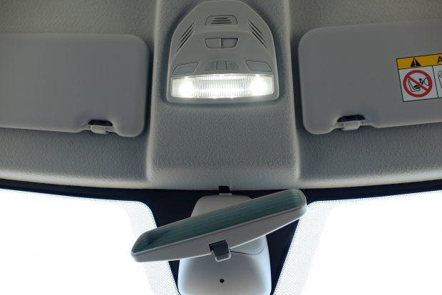 Nagyon jók a LED-es belső világítótestek