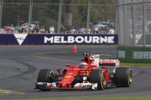Vettel: Sikolt az autó, hogy keményebben nyomjad!