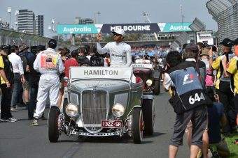F1: Lewis Hamilton önéletrajzi filmet tervez