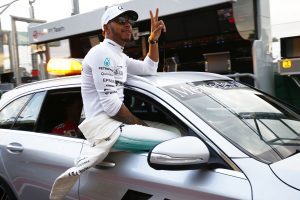 F1: Hamiltoné az év első pole-ja