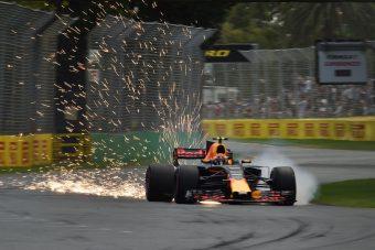 F1: Verstappen porzó vesével vezetett Melbourne-ben