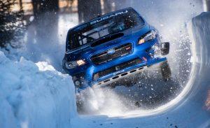 Ilyen versenyszám kellene az Olimpiára, Subaru csapatta a bobpályán