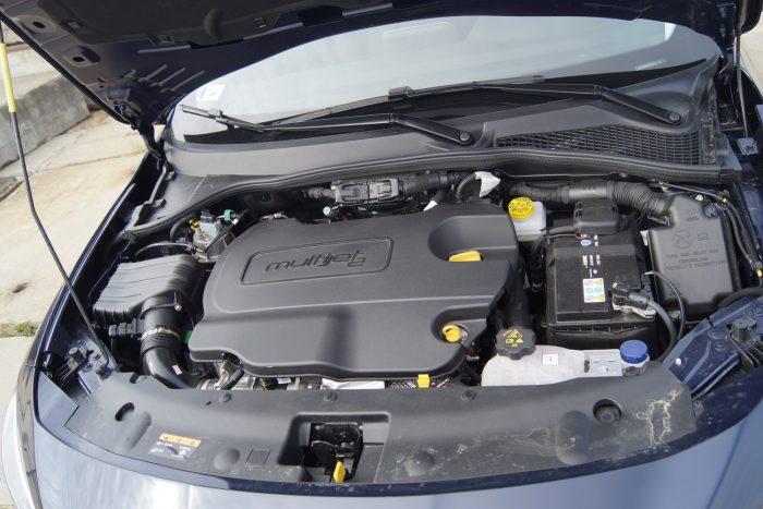 Az 1,6 literes dízellel rugalmas, gyors autó a Tipo kombi
