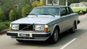 40 éves az olasz ruhát viselő Volvo