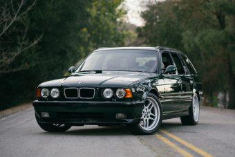 Eladó az egyik legritkább BMW M5 1995-ből, kitűnő évjárat, szalonállapotban